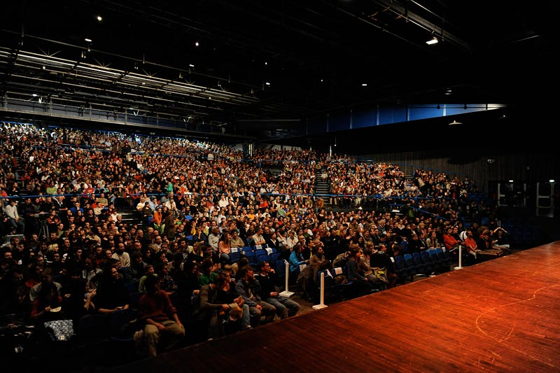 Les 11èmes Rencontres du Cinéma de Montagne battent leur plein depuis lundi. Chaque soir près de 3000 personnes se donnent rendez-vous au Summum pour.