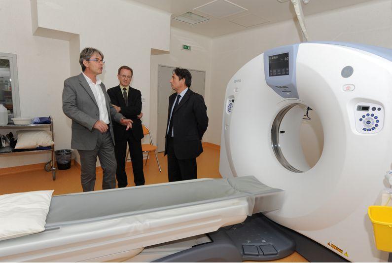 Mes années au service des Grenoblois (7) : l'hôpital, élément essentiel mais fragile du modèle social français
