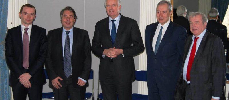 Union Européenne : rencontre avec le commissaire au marché Intérieur et aux services, Michel Barnier