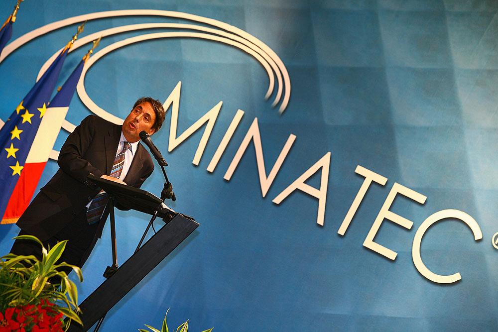 2006 - Inauguration de Minatec, complexe consacré aux nanotechnologies, sur le polygone scientifique