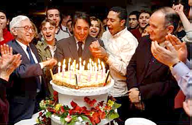 Lors du 20ème anniversaire des Missions Locales en présence de Bertrand Schwartz (à gauche)