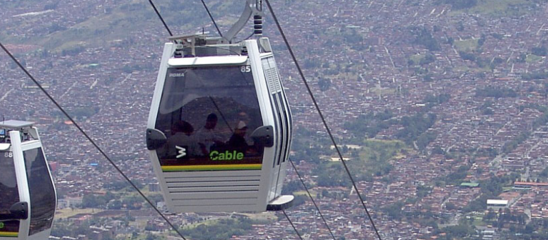Une nouvelle réalisation à Medellin pour Poma : cette entreprise qui hisse notre territoire vers le haut