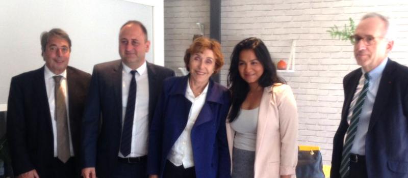 Visite de PME de l'agglomération grenobloise avec Edith Cresson