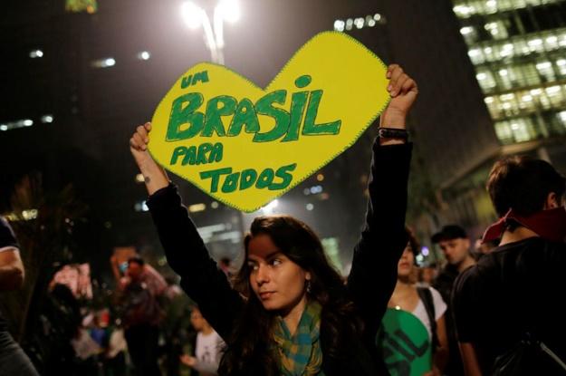 Ne laissons pas tomber le Brésil!