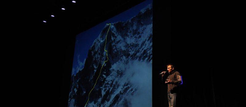 Exploit de l'alpiniste Ueli Steck à l'Annapurna