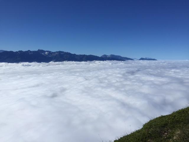 En montagne : Il reste beaucoup de sommets à atteindre.